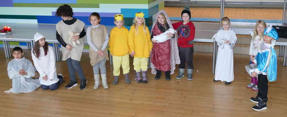 Grundschule Weihnachtsfeier.Weihnachtsfeier Der Grundschule 2018 Freibühlschule Engstingen